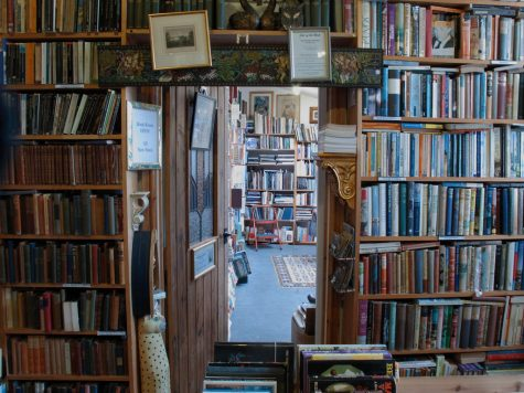 Book store - creative commons